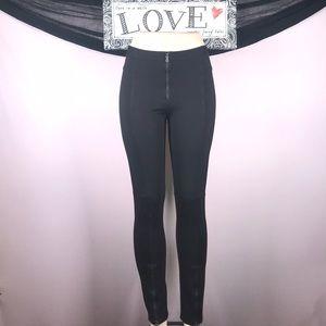 BCBG black pants Size M 💗